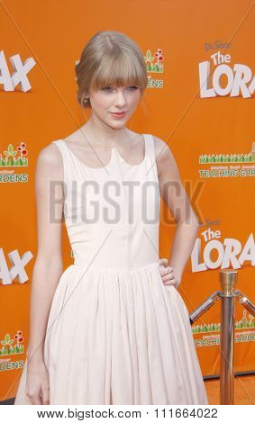 Taylor Swift at the Los Angeles Premiere of