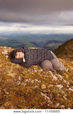 Snooze On Top Of The World