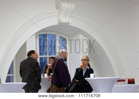 ST. PETERSBURG, RUSSIA - DECEMBER 13, 2015: Coffee break in the round table discussion in the central exhibition hall Manege during 4th St. Petersburg International Cultural Forum