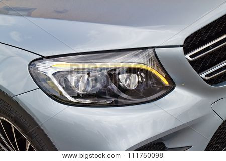 Mercedes-benz All New Glc Suv 2015 Head Light