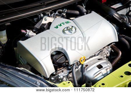 Toyota Sienta 2015 Engine