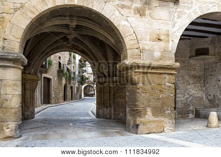Passage In Historical Center Of Calaceite