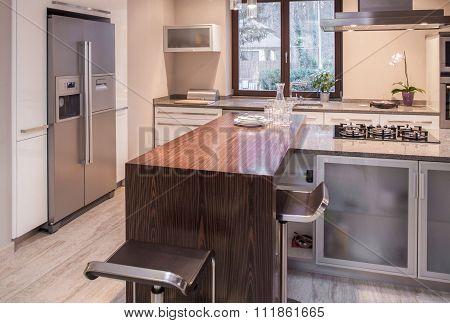 Kitchen Island In Contemporary Interior