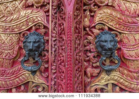 Ancient Door With  Doorknob Lion