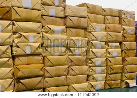 Storage Of Parcels In The Cargo