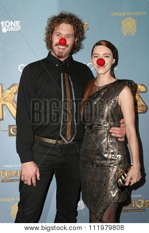 LOS ANGELES - DEC 09:  T. J. Miller, Kate Gorney at the Cirque Du Soleil's