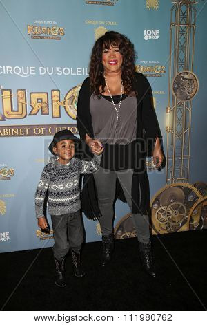 LOS ANGELES - DEC 09:  Kym Whitley at the Cirque Du Soleil's