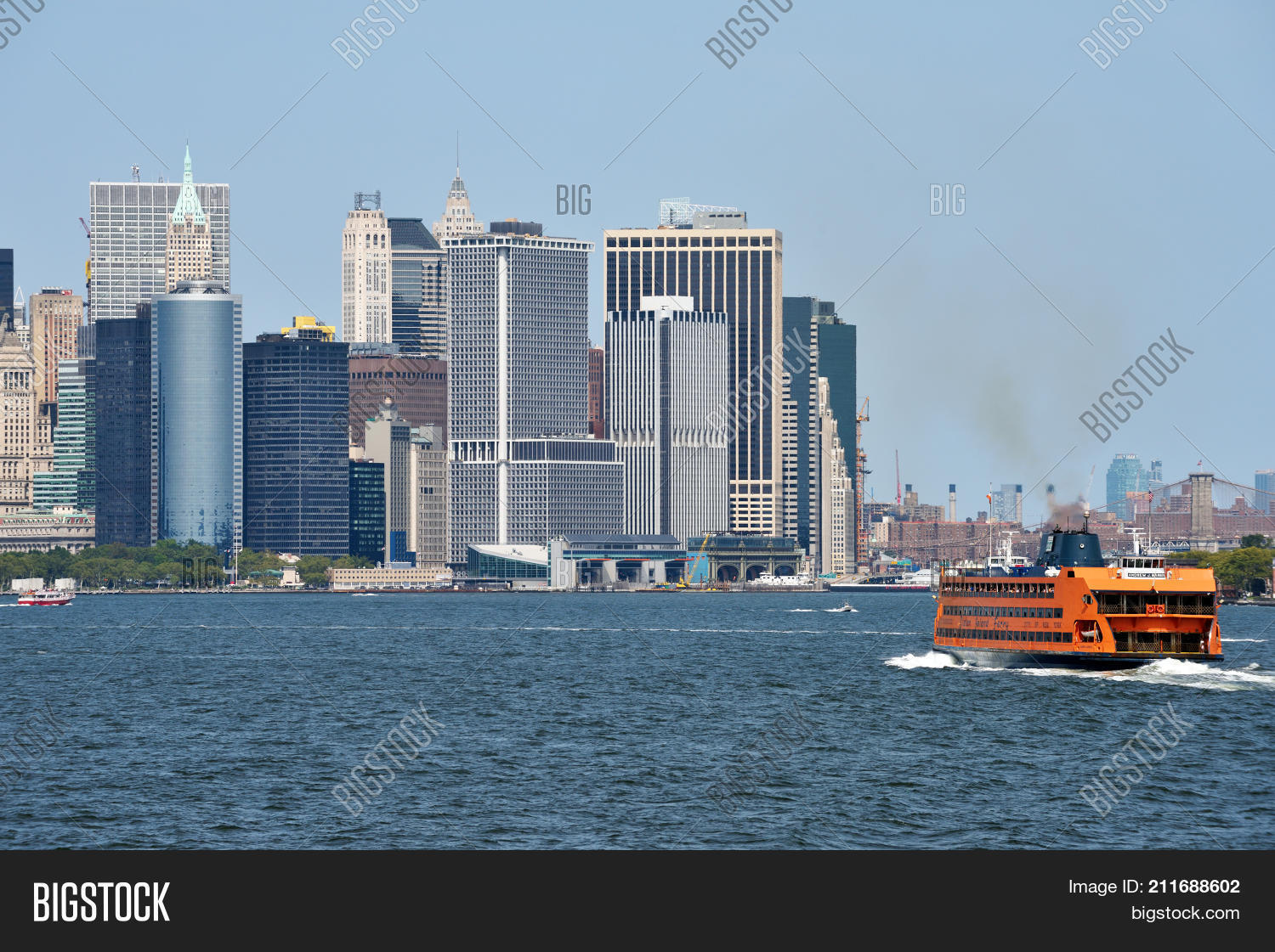 32afc188 NEW YORK CITY - AUG. 27: Staten Island Ferry on August 27 2017 in New York  City NY. Staten Island Ferry is a passenger ferry service operated by New  York ...