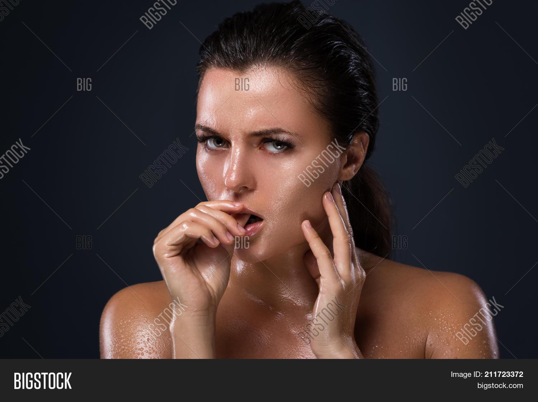 Asshole pierced