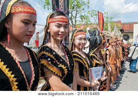 Kota Kinabalu, Malaysia - May 31, 2016: Group Of Girls From Ethnic Liwan Tindal In Traditional Costu