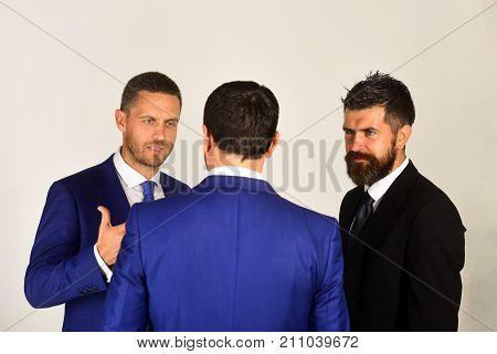 Leaders Have Argument On Light Grey Background.