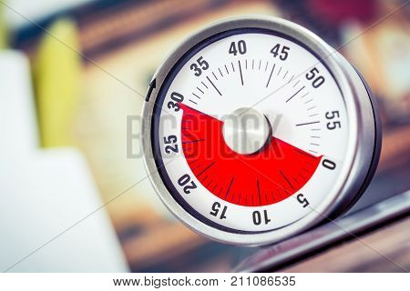 30 Minutes - Analog Kitchen Timer On Cooktop
