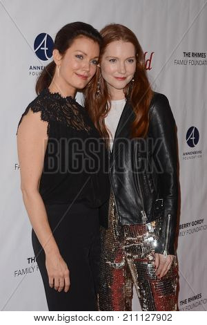 LOS ANGELES - OCT 15:  Bellamy Young, Darby Stanchfield at the
