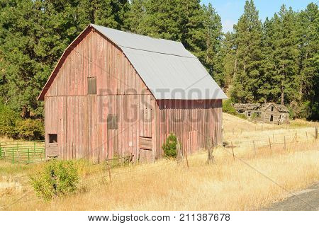 Old barn in the Palouse, Washington