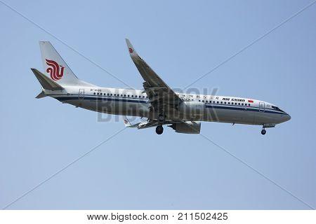B-1530 Boeing 737-800 Of Air China