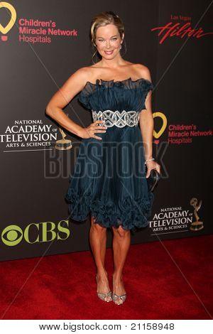 LAS VEGAS - JUN 19:  Jennifer Gareis arriving at the  38th Daytime Emmy Awards at Hilton Hotel & Casino on June 19, 2010 in Las Vegas, NV.