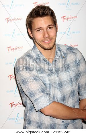 LAS VEGAS - JUN 18:  Scott Clifton arriving at the Innovative Artists Pre-Emmy Party at Nikki Beach at the Tropicana Hotel on June 18, 2010 in Las Vegas, NV.