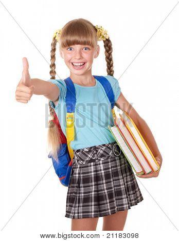 Schoolmeisje met rugzak bedrijf boeken en duim opdagen. Geïsoleerd.