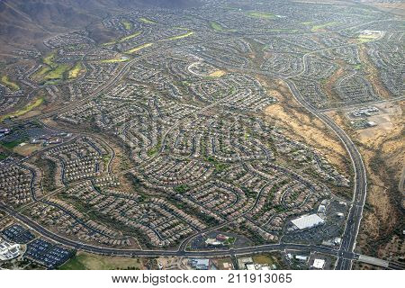 Rows of houses in the residential suburb of Anthem Arizona