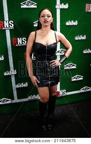 NEW YORK-FEB 1: Singer/songwriter Elle Varner attends the Roc Nation Sports Celebration at the 40/40 Club on February 1, 2014 in New York City.