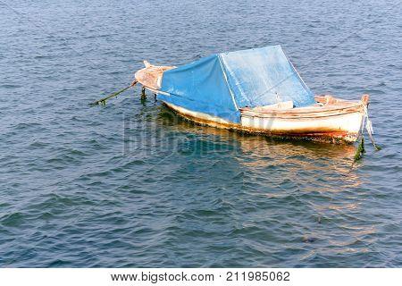 sub sea boat waiting to set sail