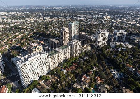 Aerial view of condos, apartments and houses along the Wilshire Blvd in West Los Angeles, California.