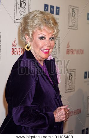 LOS ANGELES - MAR 18:  Mitzi Gaynor arrives at the Professional Dancer's Society Gypsy Awards at the Beverly Hilton Hotel on March 18, 2012 in Los Angeles, CA