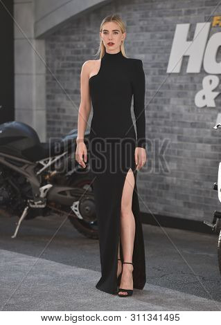 LOS ANGELES - JUL 13:  Vanessa Kirby arrives for the 'Fast & Furious Presents: Hobbs and Shaw' World Premiere on July 13, 2019 in Hollywood, CA