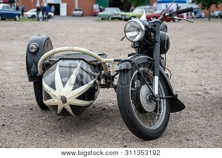 Paaren Im Glien, Germany - June 08, 2019: Motorcycle Bmw R25/3 With Sidecar, 1955. Die Oldtimer Show