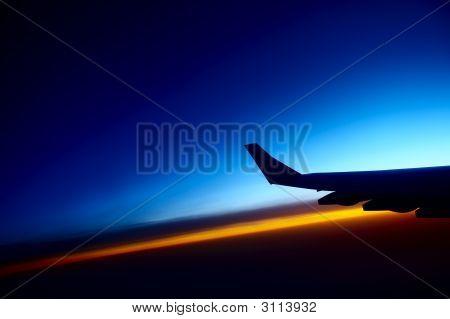 Sunrise-Blick vom Flugzeug
