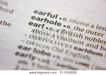 Word Or Phrase Earl In A Dictionary