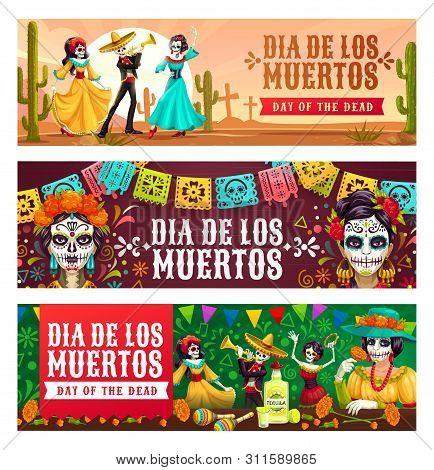 Dia De Los Muertos, Mexican Day Of Dead Celebration. Vector Dancing Skeletons On Graveyard, Calavera