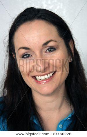 Beautiful, Friendly Brunette, Headshot (3)