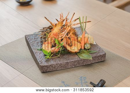 Tempuras Prawn Platter In A Ceramic Dish