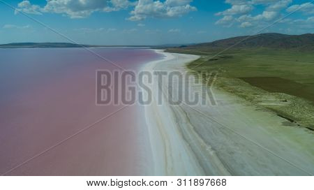 Color Pigments, Changes And Different Geographic Landscapes In Salt Lake