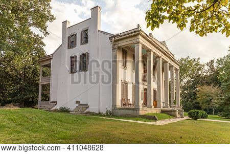 Nashville, Tennessee; Usa; Sept. 27, 2020. A Side View Of A 200 Year Old Mansion And What Was Once T
