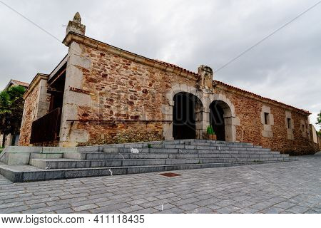Isla, Spain - September 6, 2020: Hostel For Pilgrims Of The Way Of Saint James In The Small Village