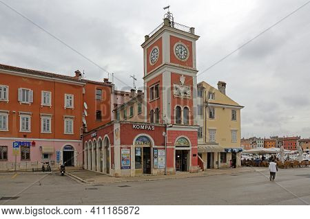 Rovinj, Croatia - October 15, 2014: Clock And Bell Tower At Picturesque Town Square In Rovinj, Croat