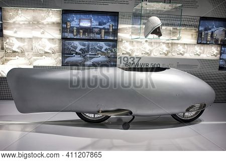 Munich, Germany - September 14, 2018: An Old Bmw Wr 500 1937 Motorcycle In The Bmw Museum Gallery.