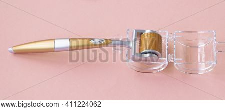 Derma Roller Micro Needle Cosmetic Microdermabrasion Tool For Face.