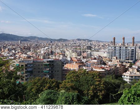 Townscape Of European City Of Barcelona At Catalonia District In Spain, Clear Blue Sky In 2019 Warm
