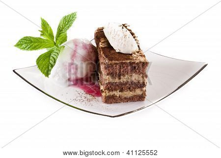 Tiramisu Cake With Ice Cream