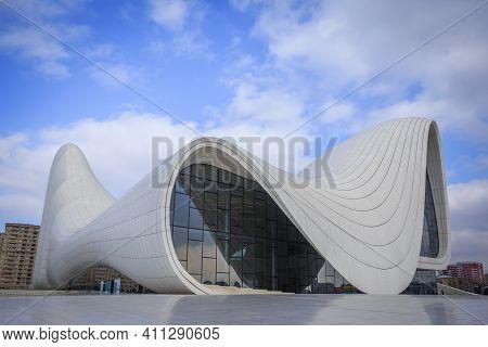 Baku, Azerbaijan - 22.02.2021: Heydar Aliyev Center, Famous Architectural Landmark Building In Baku