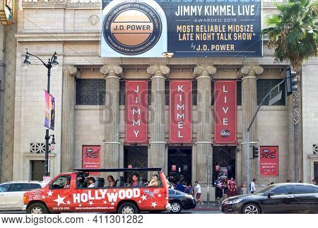 HOLLYWOOD - SEPT 2, 2018: Jimmy Kimmel Live marquee, the TV studio is filmed in the Hollywood Masonic Temple, now known as the El Capitan Entertainment Centre.