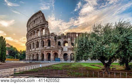 Detail Of Colosseum In Rome (roma), Italy. Also Named Coliseum, This Is The Most Famous Italian Sigh