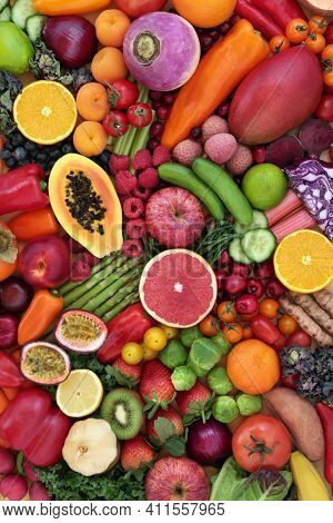 Anti cancer antioxidants health food collection to fight free radicals with fruit and vegetables high in anthocyanin, carotenoids, minerals, lycopene, vitamins and fibre. Healthy lifestyle concept.