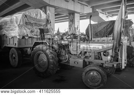 Gazipur, Delhi, India – December 25 2020 : Farmer Tractors Parked At Delhi Border Where Indian Sikh