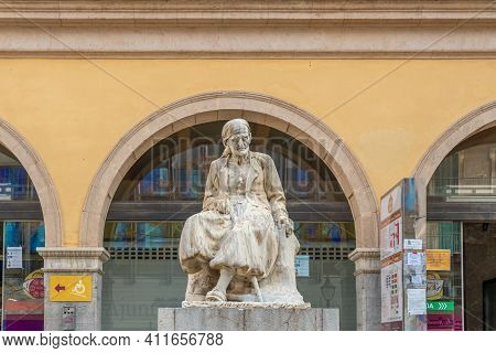 Palma De Mallorca, Spain; March 04 2021: Main Entrance Of The Traditional Market Called Mercat Del O