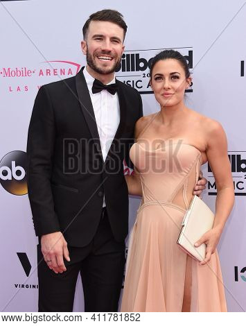 LOS ANGELES - MAY 21:  Sam Hunt and Hannah Lee Fowler arrives for  2017 Billboard Music Awards on May 21, 2017 in Las Vegas, NV