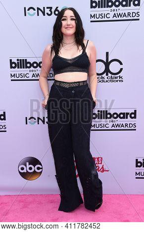 LOS ANGELES - MAY 21:  Noah Cyrus arrives for  2017 Billboard Music Awards on May 21, 2017 in Las Vegas, NV